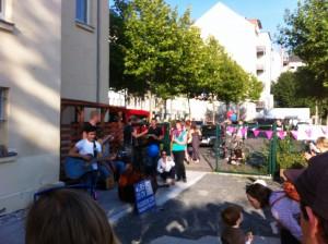 Eröffnungsfeier-Flüchtlingsberatungsstelle_Band-Mad-Hatters_12.9.2015